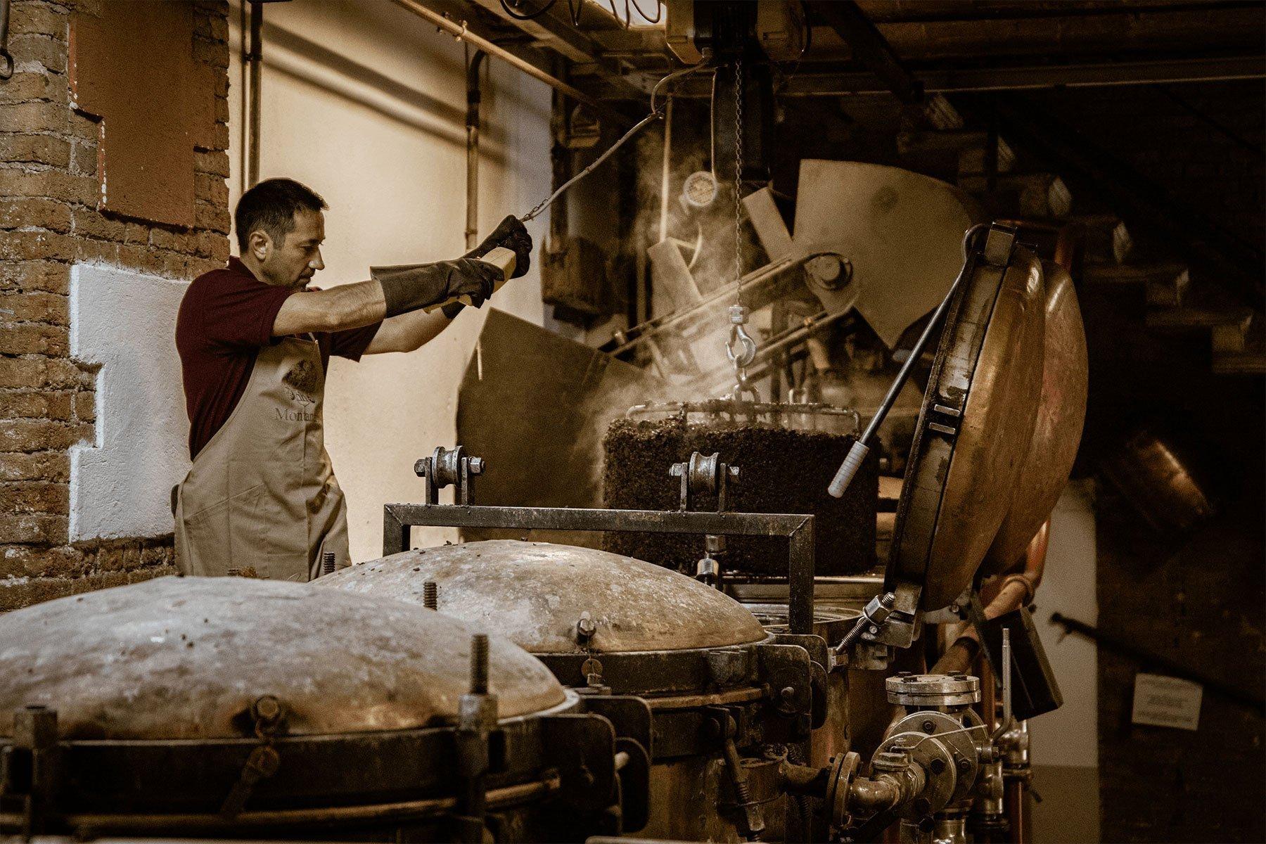 distilleria_montanaro_bg